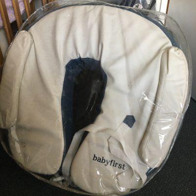 breast feeding pillow hire